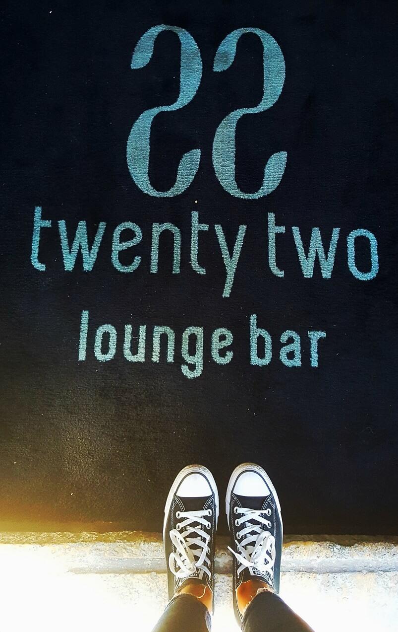 22-lounge-bar